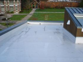 IB's roof membrane at University of Oregon